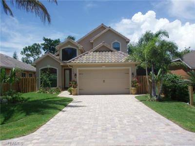 Photo of 624 102nd Ave N, Naples, FL 34108