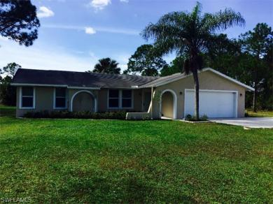 521 10th St SE, Naples, FL 34117