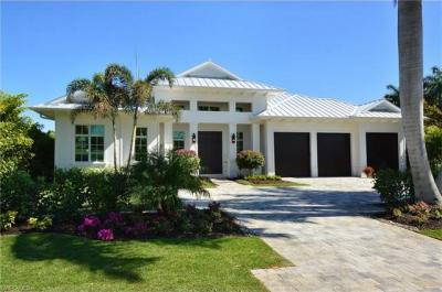 Photo of 615 Wedge Dr, Naples, FL 34103