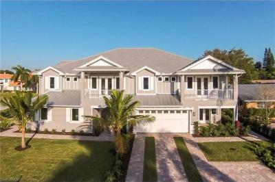 Photo of 10462 Vanderbilt Dr, Naples, FL 34108