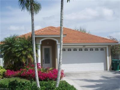 Photo of 561 94th Ave N, Naples, FL 34108