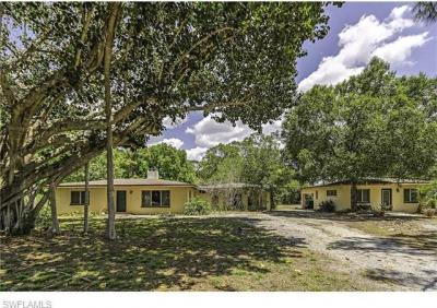 Photo of 68 East Ave, Naples, FL 34108