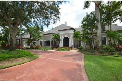 Photo of 4555 Silver Fox Dr, Naples, FL 34119