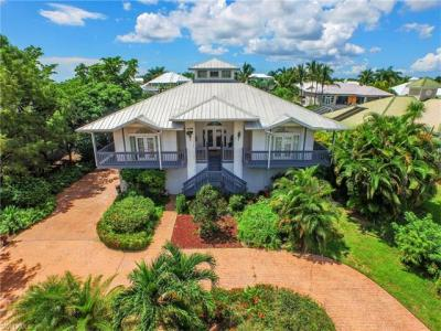 Photo of 6111 Cocos Dr, Fort Myers, FL 33908