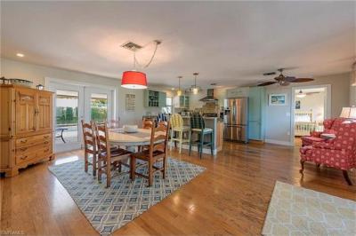 Photo of 699 99th Ave N, Naples, FL 34108