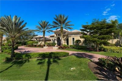 Photo of 6489 Highcroft Dr, Naples, FL 34119
