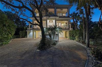 Photo of 361 Periwinkle Ct, Marco Island, FL 34145