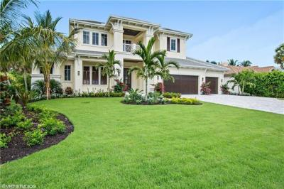 Photo of 2951 Crayton Rd, Naples, FL 34103