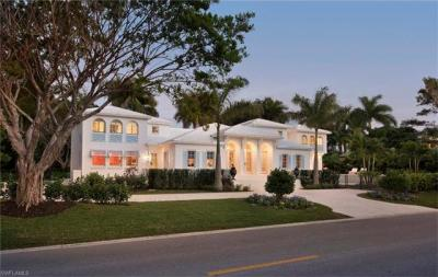 Photo of 725 Gulf Shore Blvd S, Naples, FL 34102