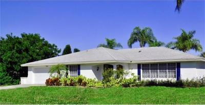 Photo of 389 Country Club Ln, Naples, FL 34110