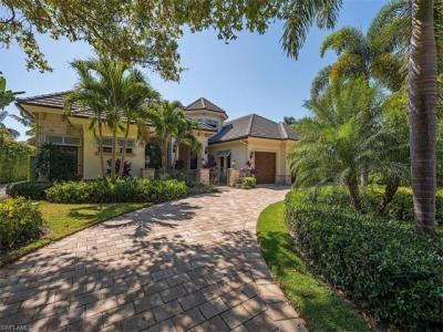 Photo of 750 Riviera Dr, Naples, FL 34103