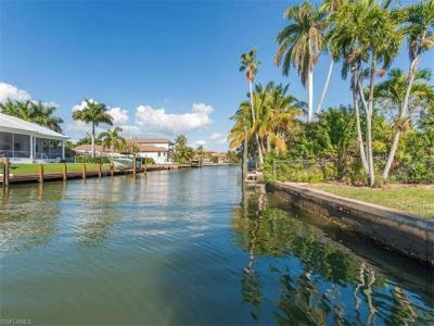 Photo of 875 18th Ave S, Naples, FL 34102
