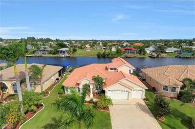 Photo of 2633 SW 43rd Ter, Cape Coral, FL 33914