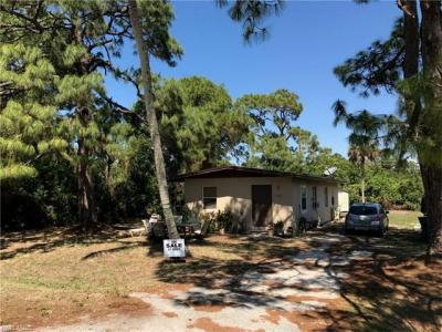 Photo of 787 110th Ave N, Naples, FL 34108