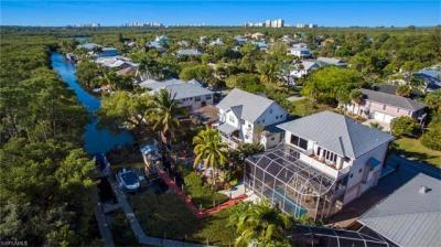Photo of 1316 Grand Canal Dr, Naples, FL 34110