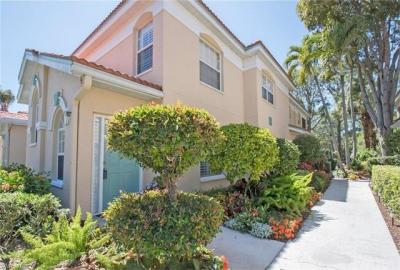 Photo of 6813 Satinleaf Rd S, Naples, FL 34109