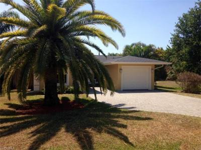 Photo of 570 92nd Ave N, Naples, FL 34108