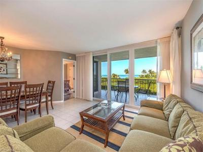 Photo of 50 Seagate Dr, Naples, FL 34103