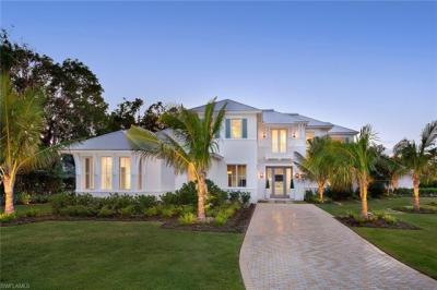 Photo of 417 Palm Cir W, Naples, FL 34102
