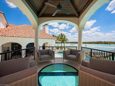 Photo of 1076 Nelsons Walk, Naples, FL 34102