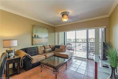 Photo of 801 River Point Dr, Naples, FL 34102