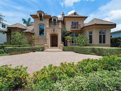 Photo of 175 8th Ave S, Naples, FL 34102
