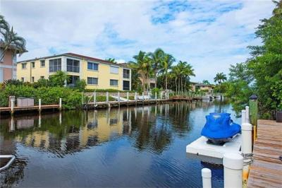 Photo of 1520 Blue Point Ave, Naples, FL 34102