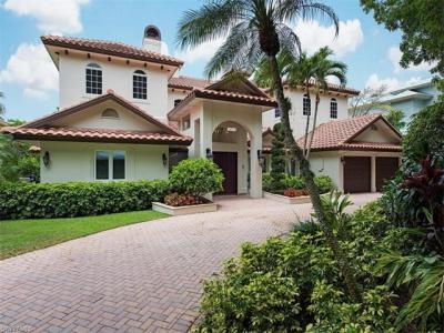 Photo of 453 18th Ave S, Naples, FL 34102