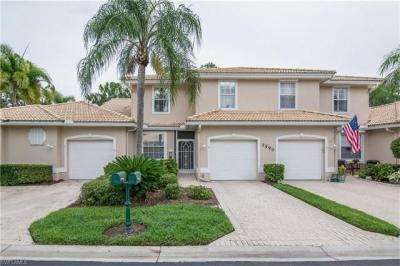 Photo of 7590 Meadow Lakes Dr, Naples, FL 34104