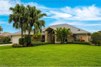 Photo of 1812 Imperial Golf Course Blvd, Naples, FL 34110