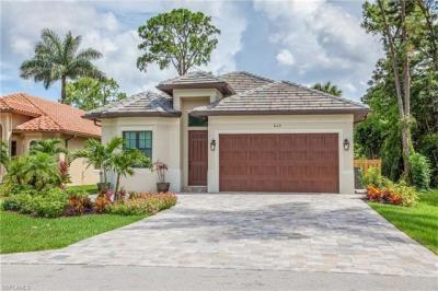 Photo of 845 101st Ave N, Naples, FL 34108