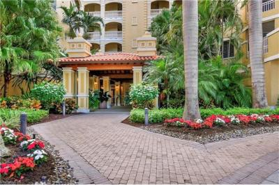 Photo of 2728 Tiburon Blvd W, Naples, FL 34109