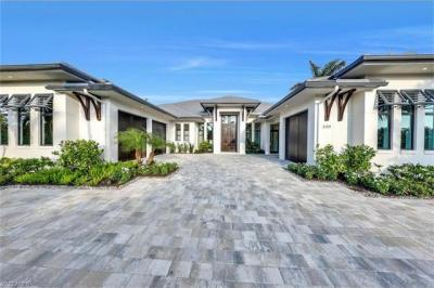 Photo of 3120 Crayton Rd, Naples, FL 34103