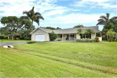 Photo of 184 Palm View Dr, Naples, FL 34110