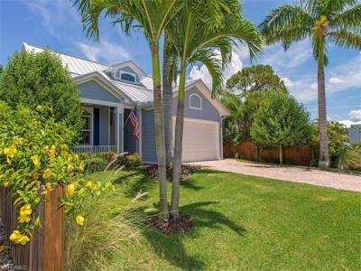 Photo of 583 91st Ave N, Naples, FL 34108
