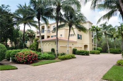 Photo of 2843 Tiburon Blvd E, Naples, FL 34109