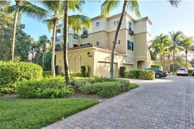 Photo of 2858 Tiburon Blvd E, Naples, FL 34109