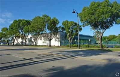 Photo of 3040 Fowler St, Fort Myers, FL 33901