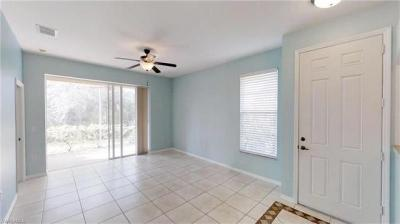 Photo of 7685 Meadow Lakes Dr, Naples, FL 34104