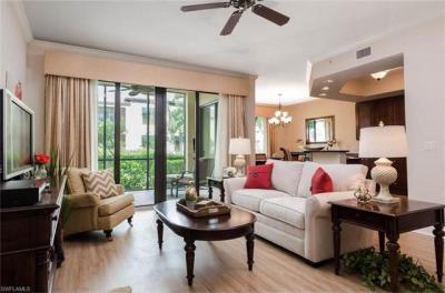 Photo of 985 Sandpiper St, Naples, FL 34102