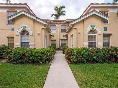 Photo of 6927 Satinleaf Rd N, Naples, FL 34109