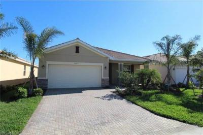 Photo of 10373 Fontanella Dr, Fort Myers, FL 33913