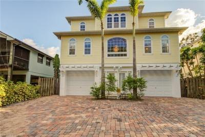 Photo of 730 Pan Am Ave, Naples, FL 34110