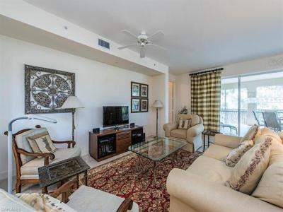 Photo of 720 Waterford Dr, Naples, FL 34113