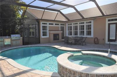 Photo of 795 110th Ave N, Naples, FL 34108