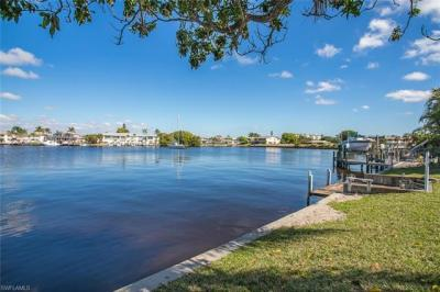 Photo of 1629 Edith Esplanade, Cape Coral, FL 33904