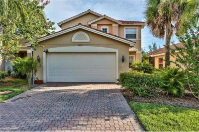 Photo of 10333 Barberry Ln, Fort Myers, FL 33913