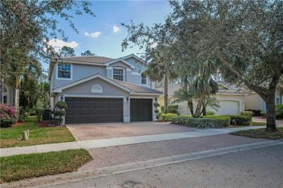 Photo of 2338 Butterfly Palm Dr, Naples, FL 34119
