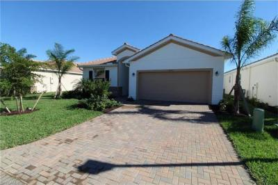 Photo of 10361 Fontanella Dr, Fort Myers, FL 33913