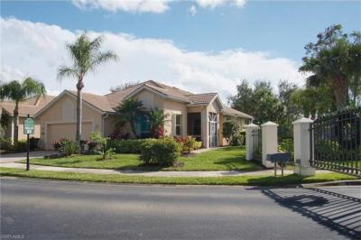 Photo of 3671 Grand Cypress Dr, Naples, FL 34119